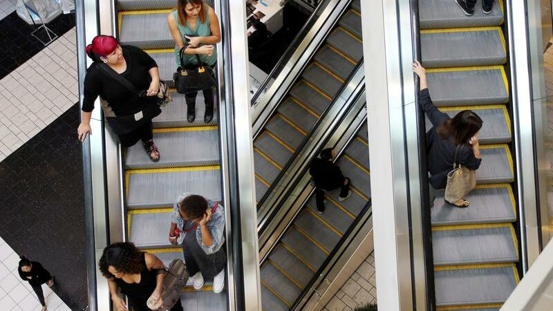 U.S. consumer confidence hits one-year high; house prices soar